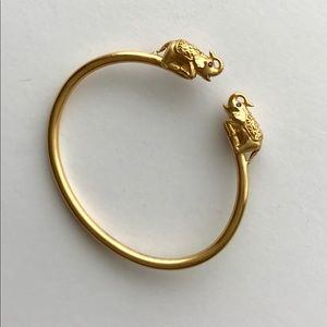 Jewelry - Gold elephant bracelet cuff